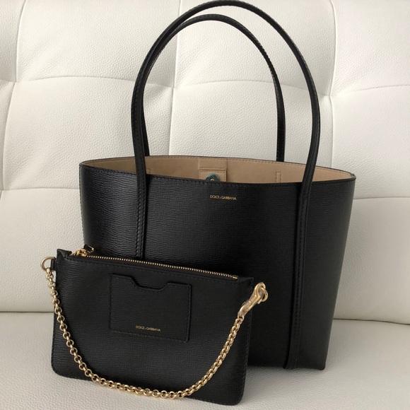 Dolce   Gabbana Handbags - Dolce   Gabbana Escape Shopper Tote in Black NEW c8c91d7c0f